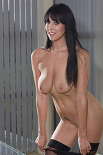 Lexi Lowe 03