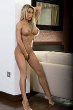 Larissa Summers 10