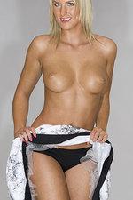 Katie Hart 05