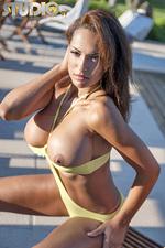 Fernanda Ferrari 06
