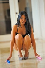 Corinne Explicit Nudes 03