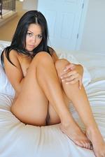 Corinne Explicit Nudes 11