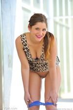 Nicole Modelesque 03