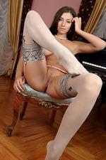 Sexy Simone 12