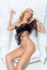 Kennedy Summers 02