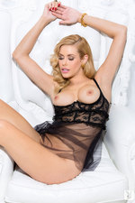 Kennedy Summers 07