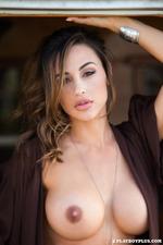 Playmate Ana Cheri 09