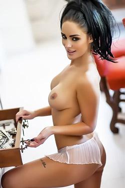 Alexandra Louise