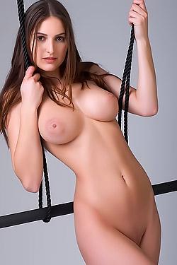 Karla Debutant