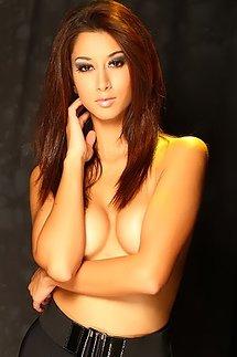 Featured Model Kristen