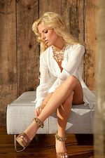 Kristin Nicole 01